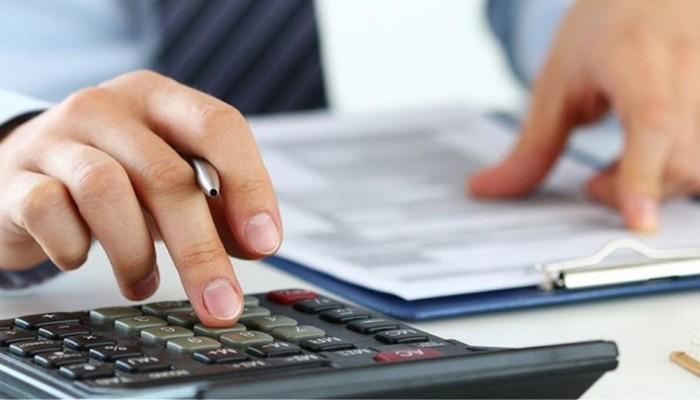 Ποιοι θα πληρώσουν φέτος περισσότερο φόρο για λιγότερο εισόδημα