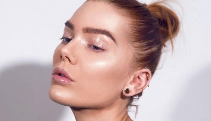 Πώς να πετύχεις το απόλυτο glowy beauty look