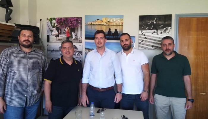 Συνάντηση Αλ. Μαρκογιαννάκη με τον πρόεδρο του Εμπορικού Συλλόγου Χανίων
