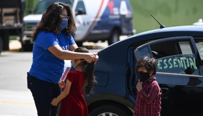 Κορωνοϊός: Επικίνδυνη για τα παιδιά κάτω των 2 ετών η μάσκα