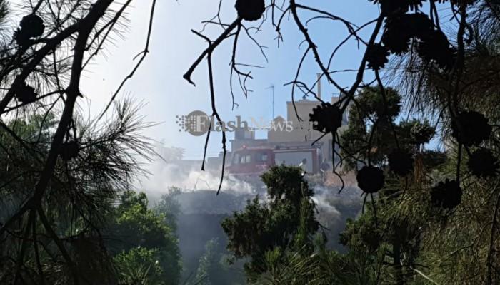 Πυρκαγιά στο κέντρο του Ηρακλείου (φωτο)