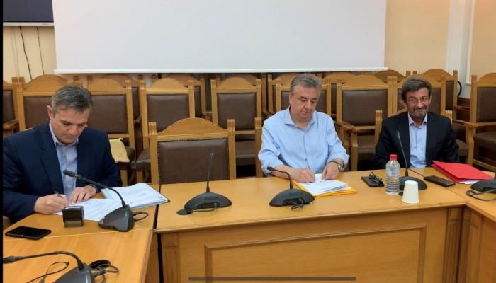 Έπεσαν οι υπογραφές για το νέο κτίριο - στολίδι της Περιφέρειας Κρήτης (βίντεο)