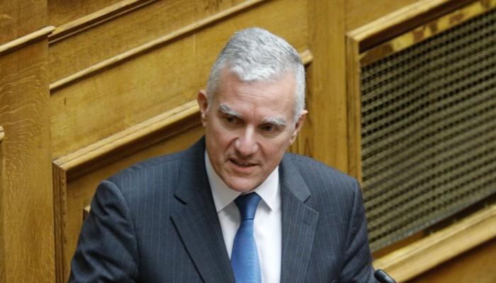 Ο Βολουδάκης στην Βουλή για  ζημιές σε ελαιοπαραγωγή και εσπεριδοειδή και αγροζημιές