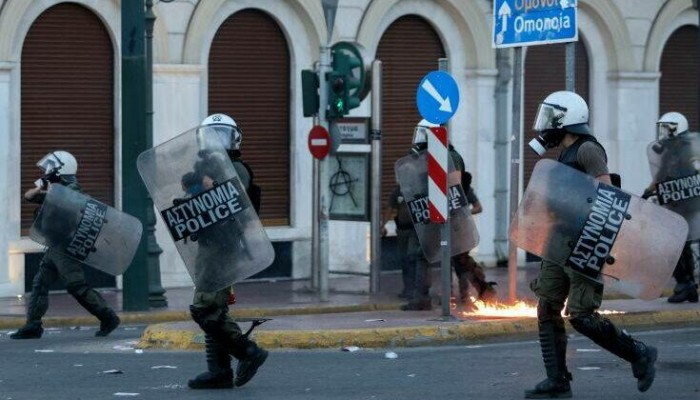 Στο Αυτόφωρο στις 3 Σεπτεμβρίου ο αστυνομικός που κατηγορείται για ελευθέρωση κρατουμένου