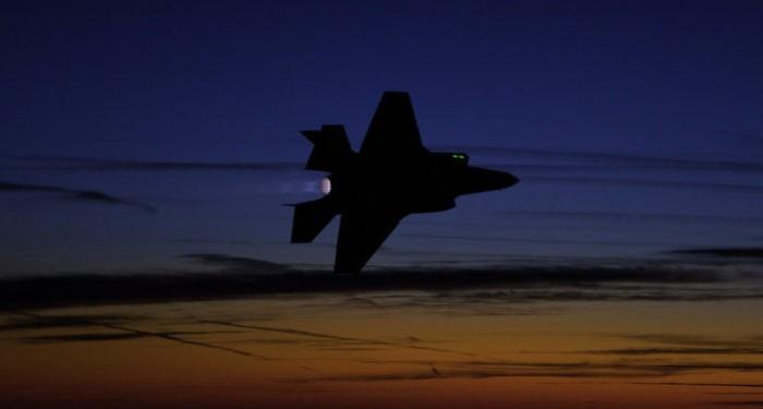 Μπορούν οι ρωσικοί S-500 να «ρίξουν αυλαία» στα F-35 και F-22;