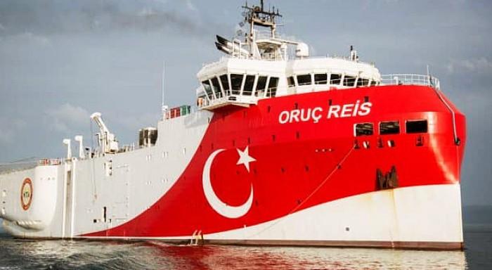 Το Oruc Reis κατευθύνεται και πάλι προς την Ελληνική υφαλοκρηπίδα! Ξαφνική αλλαγή πορείας