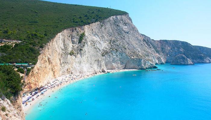 Η φημισμένη παραλία της Λευκάδας που προκαλεί δέος