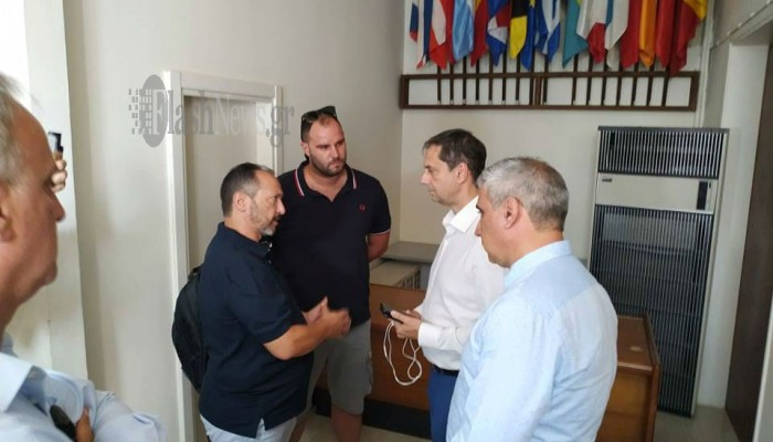 Ο Υπουργός Τουρισμού Χάρης Θεοχάρης με φορείς του Λασιθίου (φώτος)