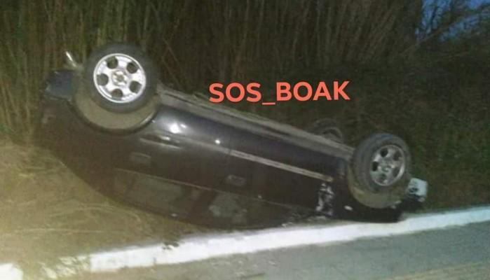 Ανατράπηκε αυτοκίνητο τα ξημερώματα στον Πλατανιά Χανίων (φωτο)