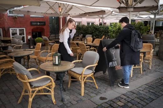 Κορωνοϊός: Ο Δανός «Τσιόδρας» ανησυχεί με τα αυξανόμενα κρούσματα