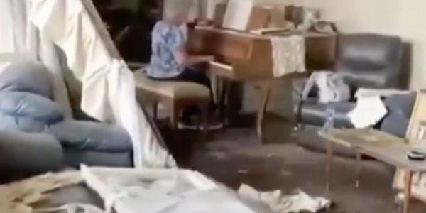 Βηρυτός: Συγκινητικό βίντεο με ηλικιωμένη να παίζει πιάνο στο κατεστραμμένο της σπίτι