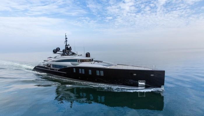Θόδωρος Αγγελόπουλος: Πόσα εκατομμύρια πούλησε τη θαλαμηγό των 66 μέτρων;
