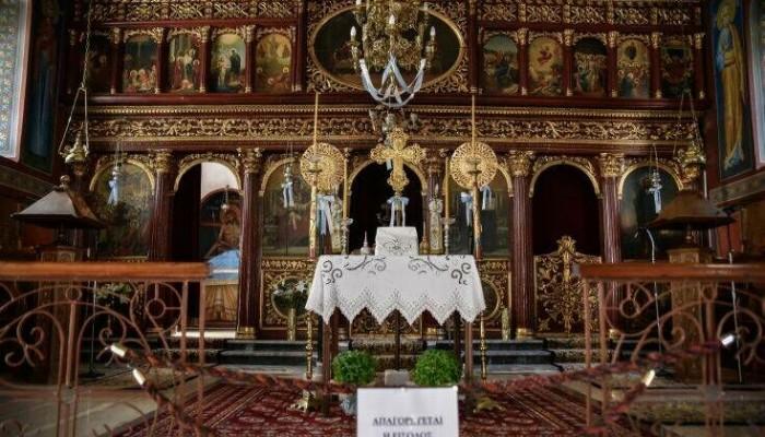 Δεκαπενταύγουστος: Τι προβλέπουν τα νέα μέτρα για τον κορωνοϊό για τους ναούς