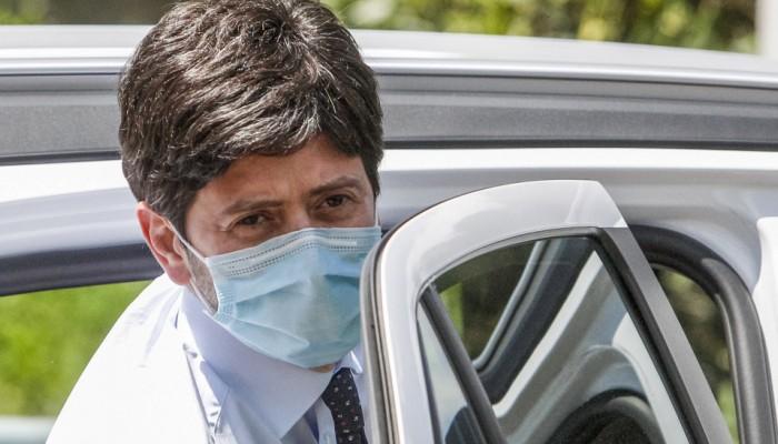 Ιταλία: Υποχρεωτική χρήση μάσκας σε κλειστούς χώρους με συνεχή προσέλευση πολιτών