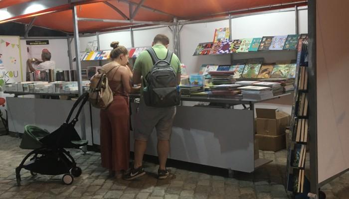 Ανοιχτή προς το κοινό με πλούσιες δράσεις η ''8η έκθεση βιβλίου'' στα Χανιά (φωτο)