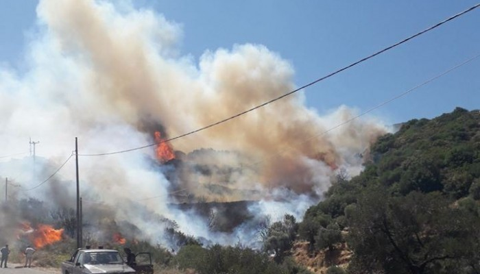 Υπό μερικό έλεγχο η μεγάλη φωτιά στον δήμο Καντάνου - Σελίνου (φωτο-βιντεο)