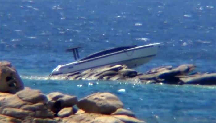 Σκάφος Αιγύπτιου μεγιστάνα «καρφώθηκε» σε βράχια στη Μύκονο