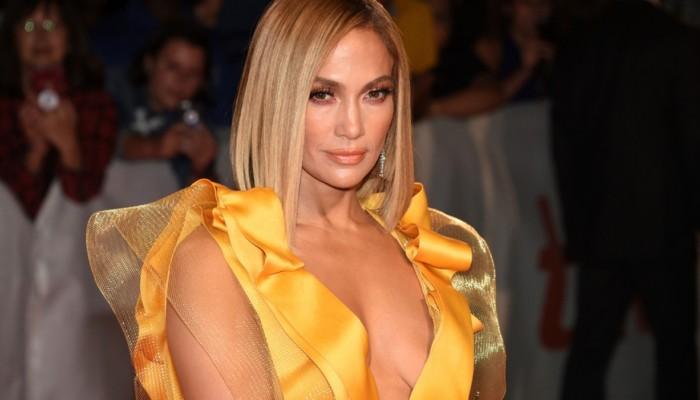 JLo glow: H skincare routine της Jennifer Lopez για λαμπερή επιδερμίδα