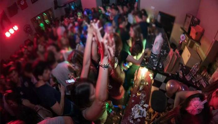 Βαριά καμπάνα σε μπαρ των Χανίων λόγω κορωνοϊού