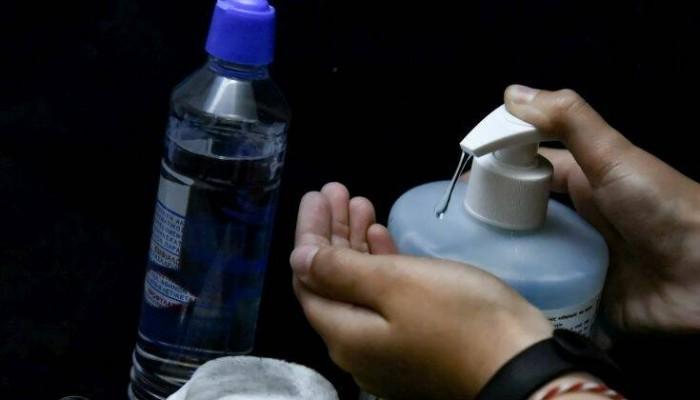 Εντοπίστηκαν αντισηπτικά χεριών με τοξική ουσία που μπορεί να οδηγήσει σε θάνατο
