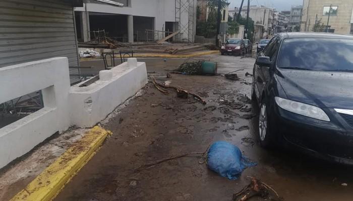Εύβοια - Κακοκαιρία: 300 χιλιοστά βροχής έπεσαν σε οκτώ ώρες στη Στενή