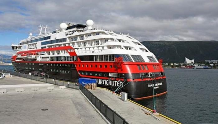Τριάντα τρεις ναυτικοί σε κρουαζιερόπλοιο βρέθηκαν θετικοί στον νέο κορωνοϊό