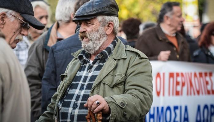 «Bόμβες» στο Ασφαλιστικό: Κανείς συνταξιούχος πριν τα 67 - Στα βαθιά γεράματα η σύνταξη