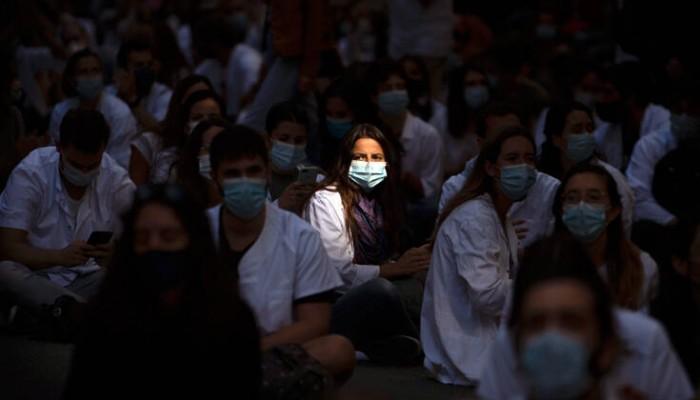 Η Ισπανία παρατείνει έως τον Ιανουάριο το πρόγραμμα αναστολής εργασίας