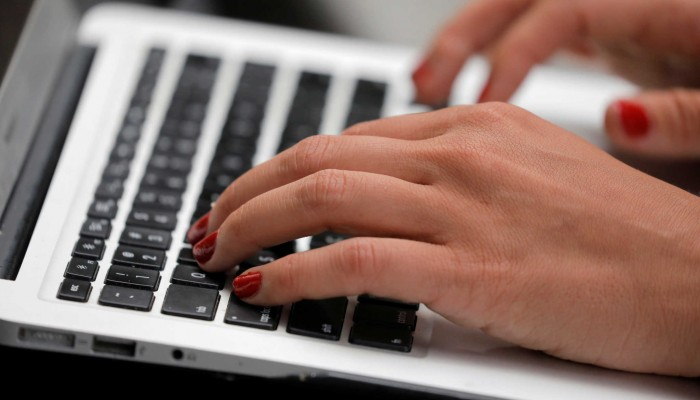 Email σε 42.000 συνταξιούχους που … ξέχασαν να δηλώσουν αναδρομικά στέλνει η Εφορία
