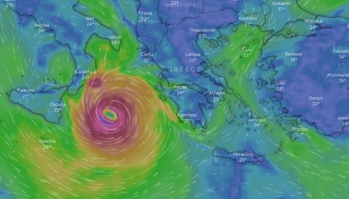 Κακοκαιρία «Ιανός»: Τα τέσσερα σενάρια για την πορεία της καταιγίδας