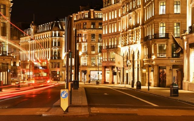 Κοροναϊός: Στον προθάλαμο του lockdown το Λονδίνο