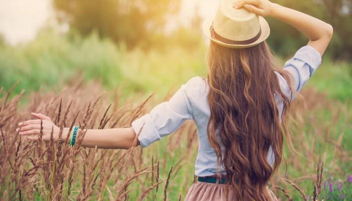 Πώς να κάνετε τα μαλλιά σας να μακρύνουν πιο γρήγορα