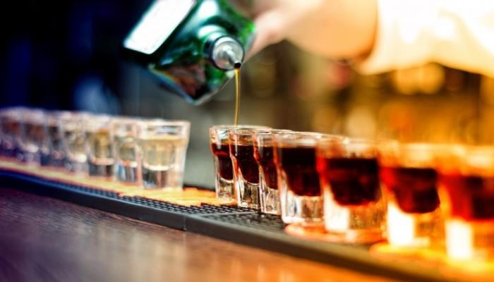 Τουρκία: Τουλάχιστον 67 νεκροί από κατανάλωση νοθευμένου αλκοόλ