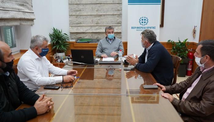 Συνάντηση Περιφερειάρχη Κρήτης με τον Δήμαρχο Φαιστού
