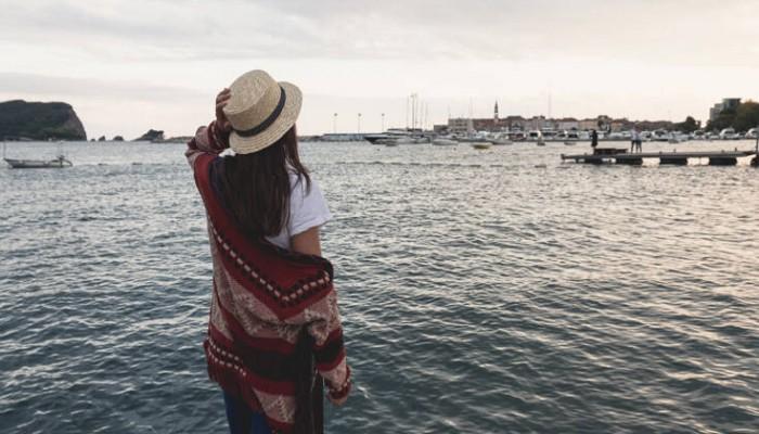 Πόζαρε στο Instagram με ακριβά ρούχα και κοσμήματα – Ληστές εισέβαλαν στο σπίτι της