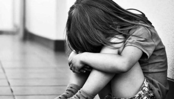 Φρικιαστική υπόθεση παιδοφιλίας: Χειρουργός κατηγορείται για πάνω από 300 βιασμούς