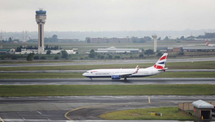 Ζημίες 2 δισεκ. λιρών στο αεροδρόμιο του Χίθροου κατά τη διάρκεια της πανδημίας