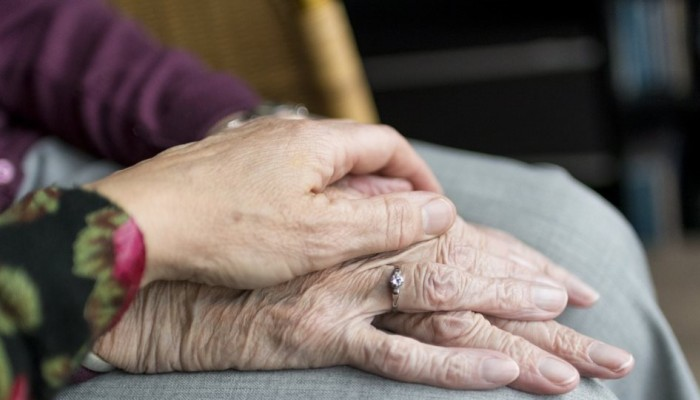 Κινέζοι επιστήμονες βρήκαν θεραπεία που καθυστερεί τη γήρανση