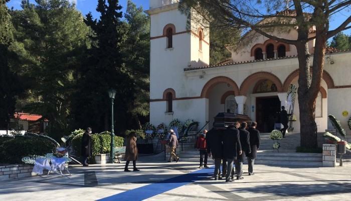 Σήφης Βαλυράκης: Σε στενό οικογενειακό κύκλο η κηδεία του πρώην υπουργού (φωτο-βίντεο)