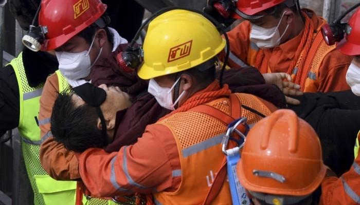 Κίνα: Διασώθηκαν 11 μεταλλωρύχοι που είχαν παγιδευτεί για 14 μέρες σε χρυσωρυχείο