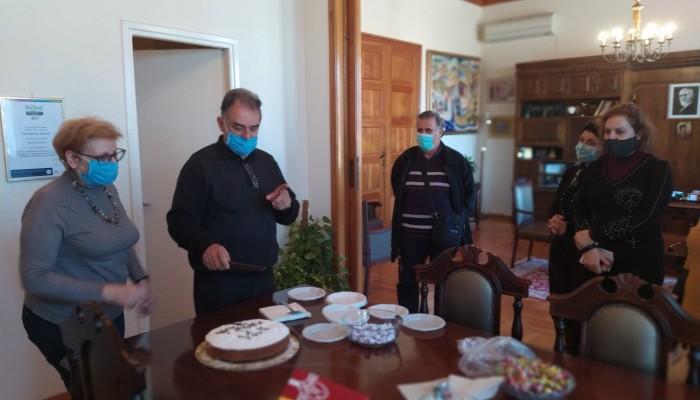 Έκοψαν την πίτα τους οι υπάλληλοι της Π.Ε. Ρεθύμνου