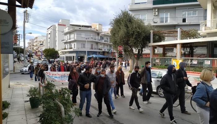 Πανεκπαιδευτικό συλλαλητήριο στα Χανιά ενάντια στο νέο νομοσχέδιο του Υπ. Παιδείας (φωτο)