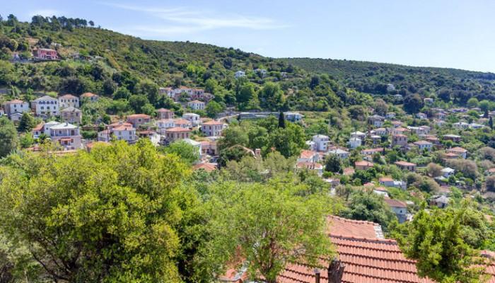 Το άγνωστο χωριό της Μαγνησίας που έχει συνδέσει την ονομασία του με τον Ηρακλή