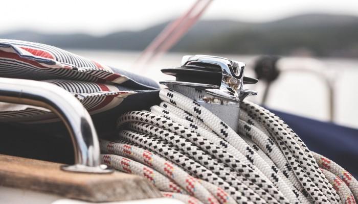Πώς θα γίνονται πλέον οι αντικαταστήσεις αδειών χειριστή ταχύπλοου σκάφους