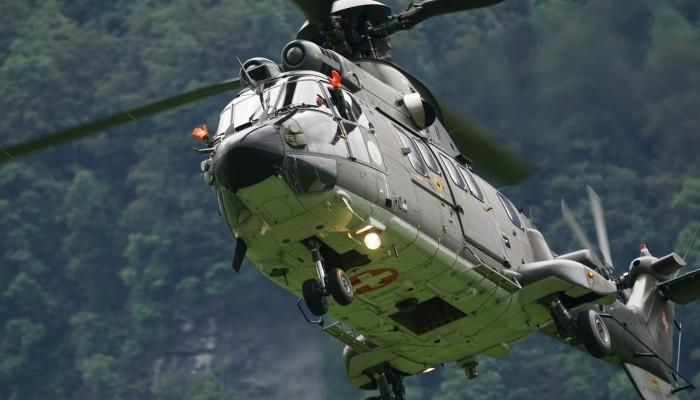 Με Super Puma μεταφέρθηκε ναυτικός δυτικά των Κυθήρων σε νοσοκομείο