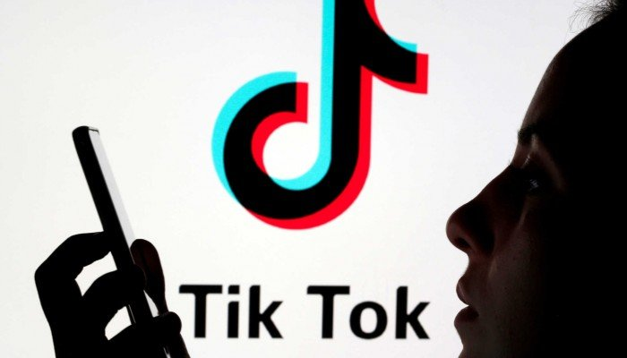 Tο TikTok «κλειδώνει» λογαριασμούς ανήλικων