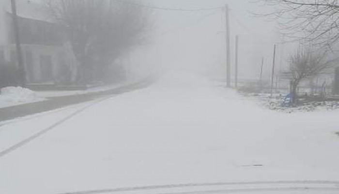 Απίστευτες εικόνες: Χιόνισε στη Σαχάρα – Η θερμοκρασία έφτασε στους -2 βαθμούς