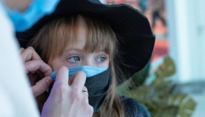 Πότε βγάζουμε τις μάσκες στους εξωτερικούς χώρους