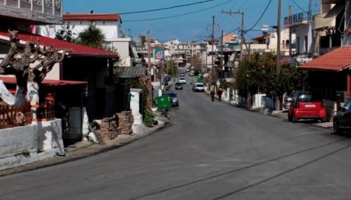 Νέα άσφαλτος σε δρόμο στα Χανιά για να… περπατούν οι πεζοί