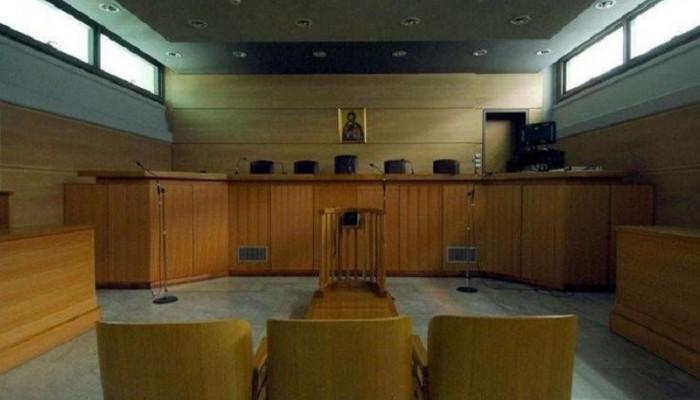 Στην φυλακή δύο αδέρφια για υβριστικά σχόλια εναντίον εισαγγελέα